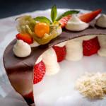 Десерт с пресни ягоди